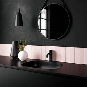 Silhouet Touchless basin tap (Matt black)